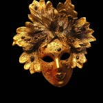 mask-Venice-gold-leaves